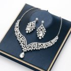 2 Pcs/set  Jewelry  Set  Alloy Crystal  Diamond-mounted  Necklace + Earrings Silver