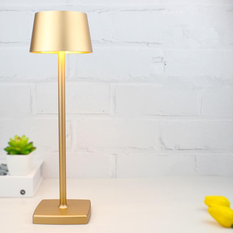 LED Aluminum Alloy Desk Lamp USB Rechargeable Table Lamps for Bar Living Room Reading Book Light