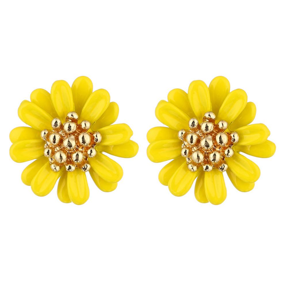 Women Fashionable Cute Daisy Shape Ear Studs Ornament as Perfect Christmas Gift