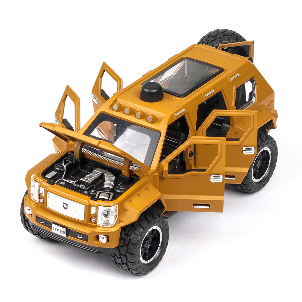 1:24 Alloy Car Model Simulation Metal Vehicle with Light Sound Doors Trunk Classic SUV for Collection Decoration Desert yellow
