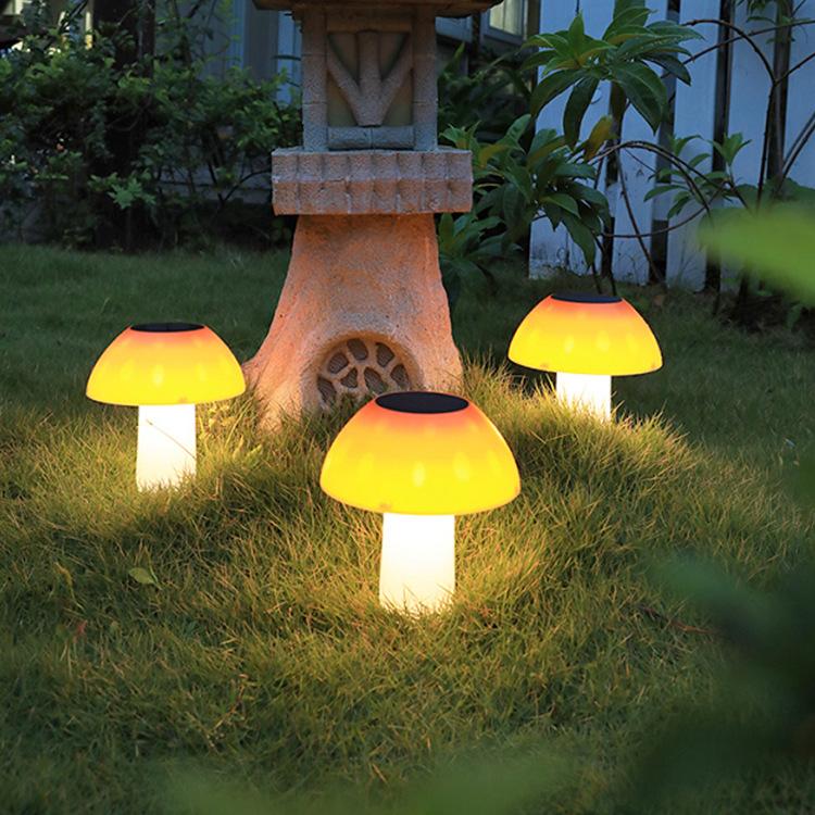 LED Solar Lawn Light Outdoor Mushroom Shape Garden Lamp for Stairs Decoration white light