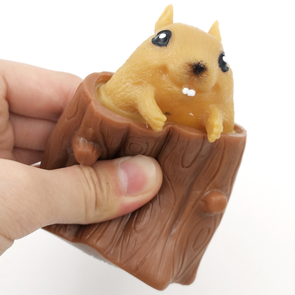 Squeeze  Rubber  Squirrel  Cup  Toy Relieve Stress Tree Stump Cute Miniature Telescopic Pen Holder Toy As shown