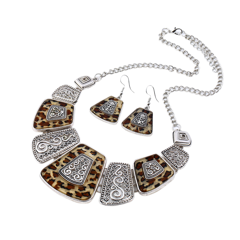 Women Ladies Retro Style Alloy Necklace Earrings Set Elegant Exquisite Jewelry Set