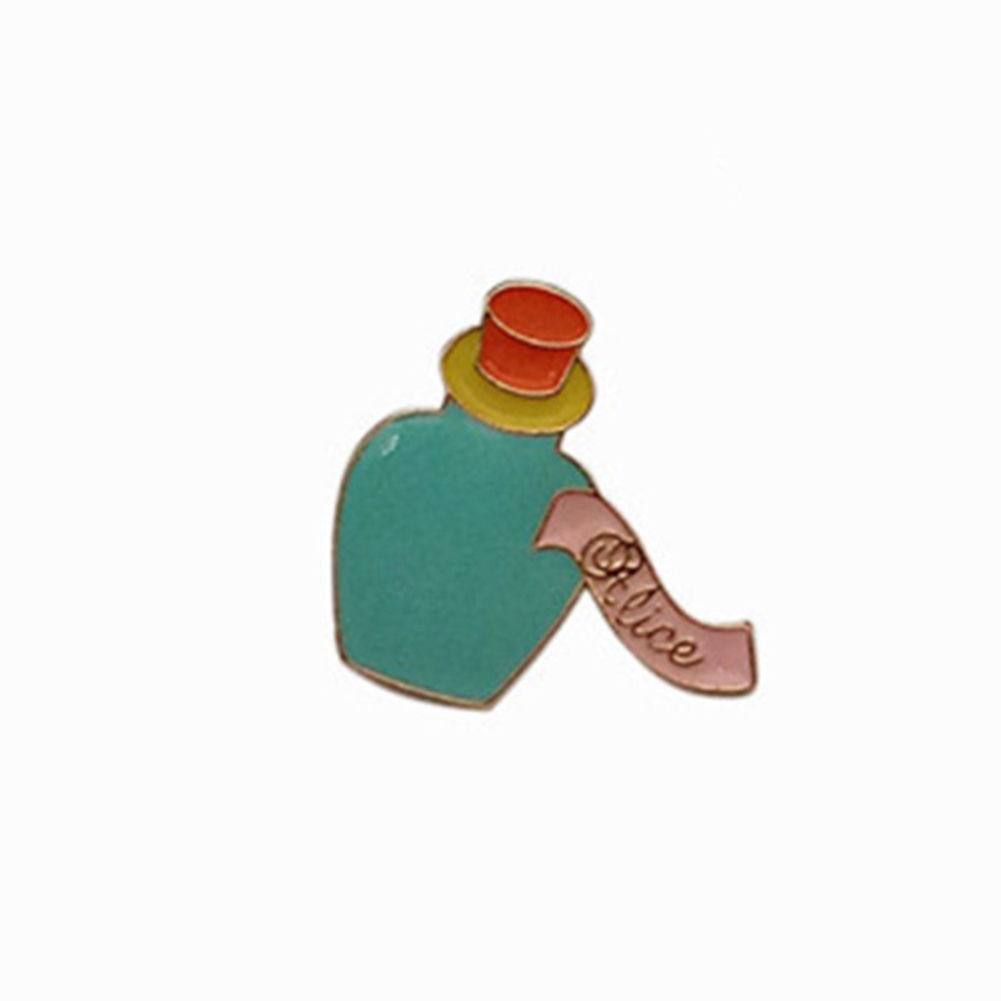 Clothes Trim Badge Cute Character of Alice in Wonderland Alloy Pin Brooch for Fashion Bag Accessories