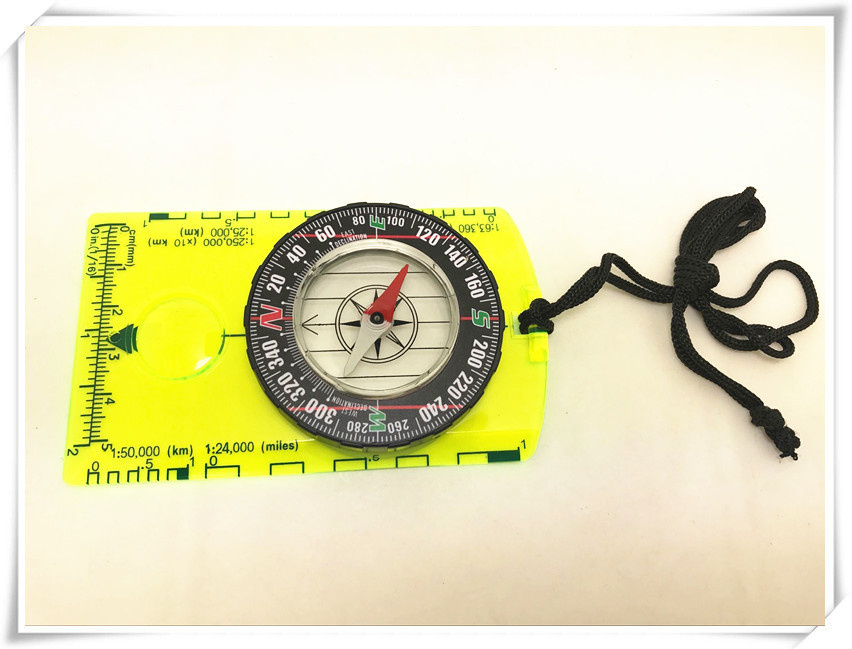 Acrylic Portable Map  Compass For Outdoor  Orientation Multi-functional Scale Compass as picture show