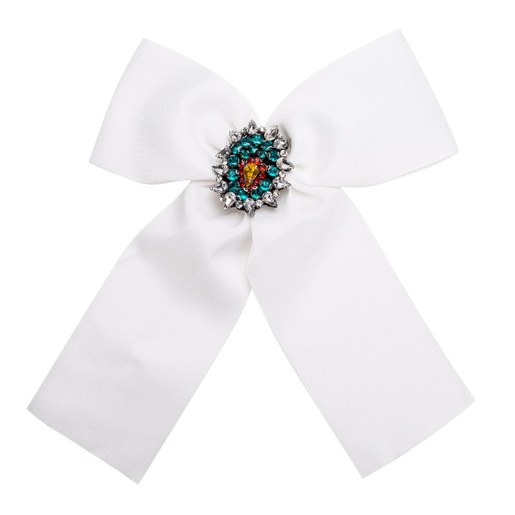 Lady Women Flowers Corsage Brooch Breastpin Alloy Inlaid Acrylic Diamond Valentine's Day Gift white