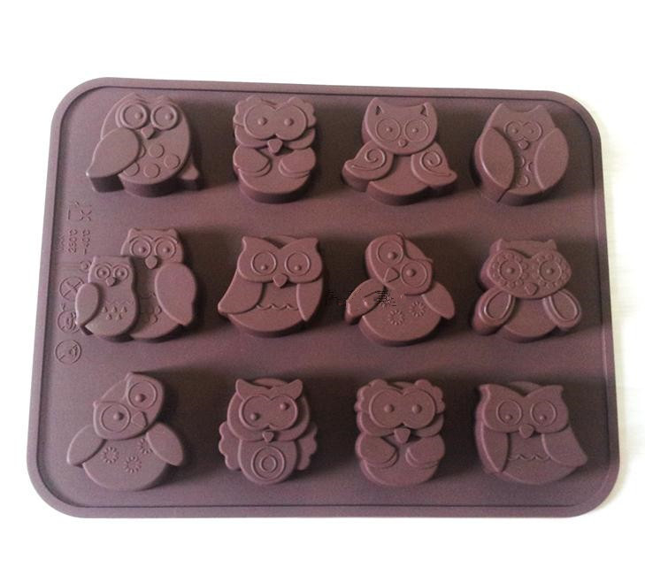 Silicone Mold DIY Cute 12 Holes Owl Shape Chocolate Candy Cake Mould Baking Tool 20*15.3*1.6cm