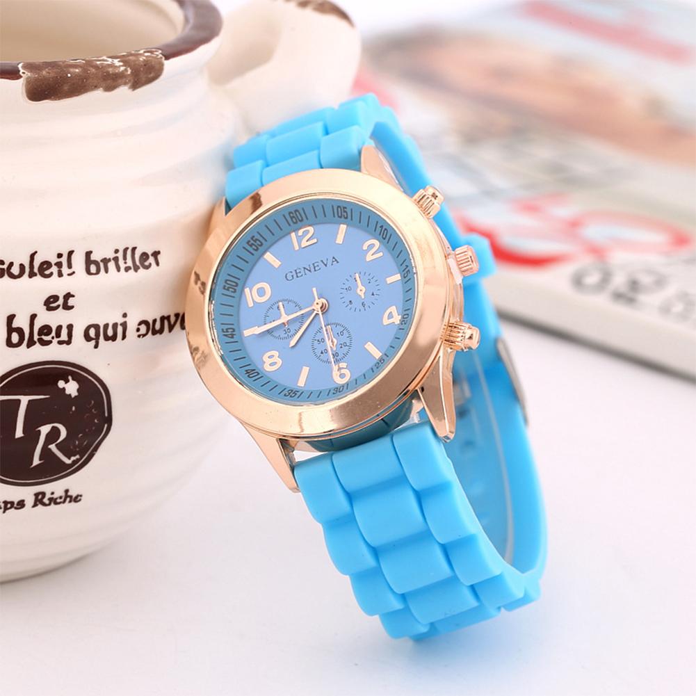 Women Quartz Watch with Silicone Watchband Stylish Wrist Watch Ornament Gift