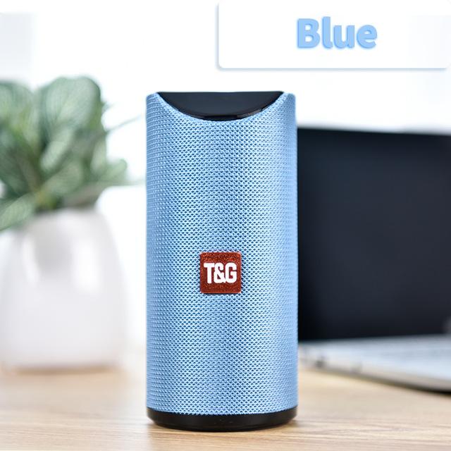 Bluetooth Speaker Portable Built In Battery Pluggable Card Wireless Speaker blue