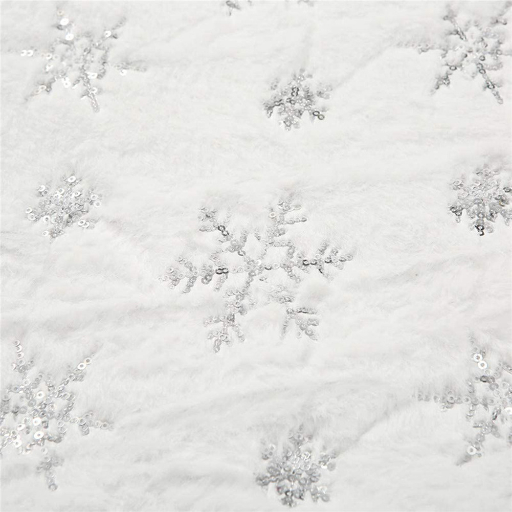 Christmas Table  Runner Plush European Style Restaurant Family Table Decoration Tablecloth Silver sequin snowflake on white