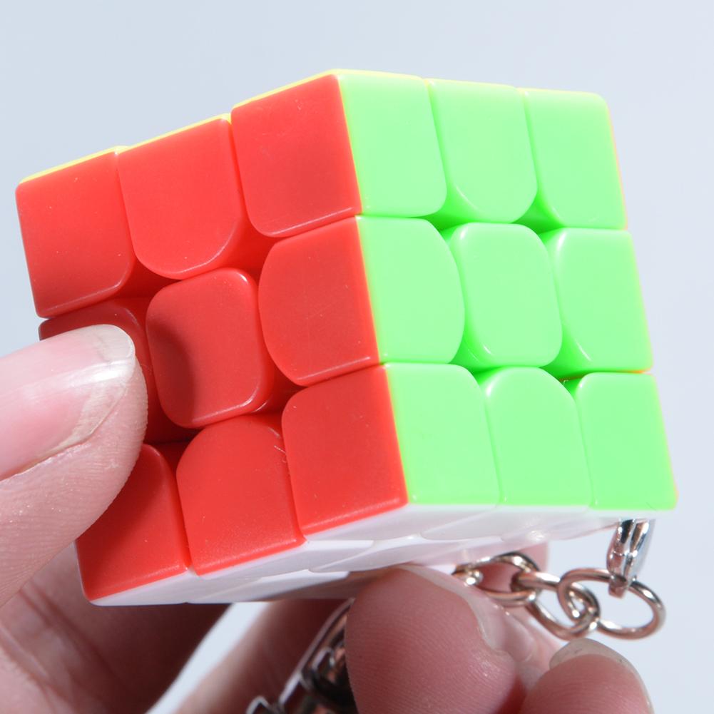 [Indonesia Direct] 3cm Mini Small 3x3 Magic Cube Key Chain Smart Cube Toy & Creative Key Ring Decoration Multicolor