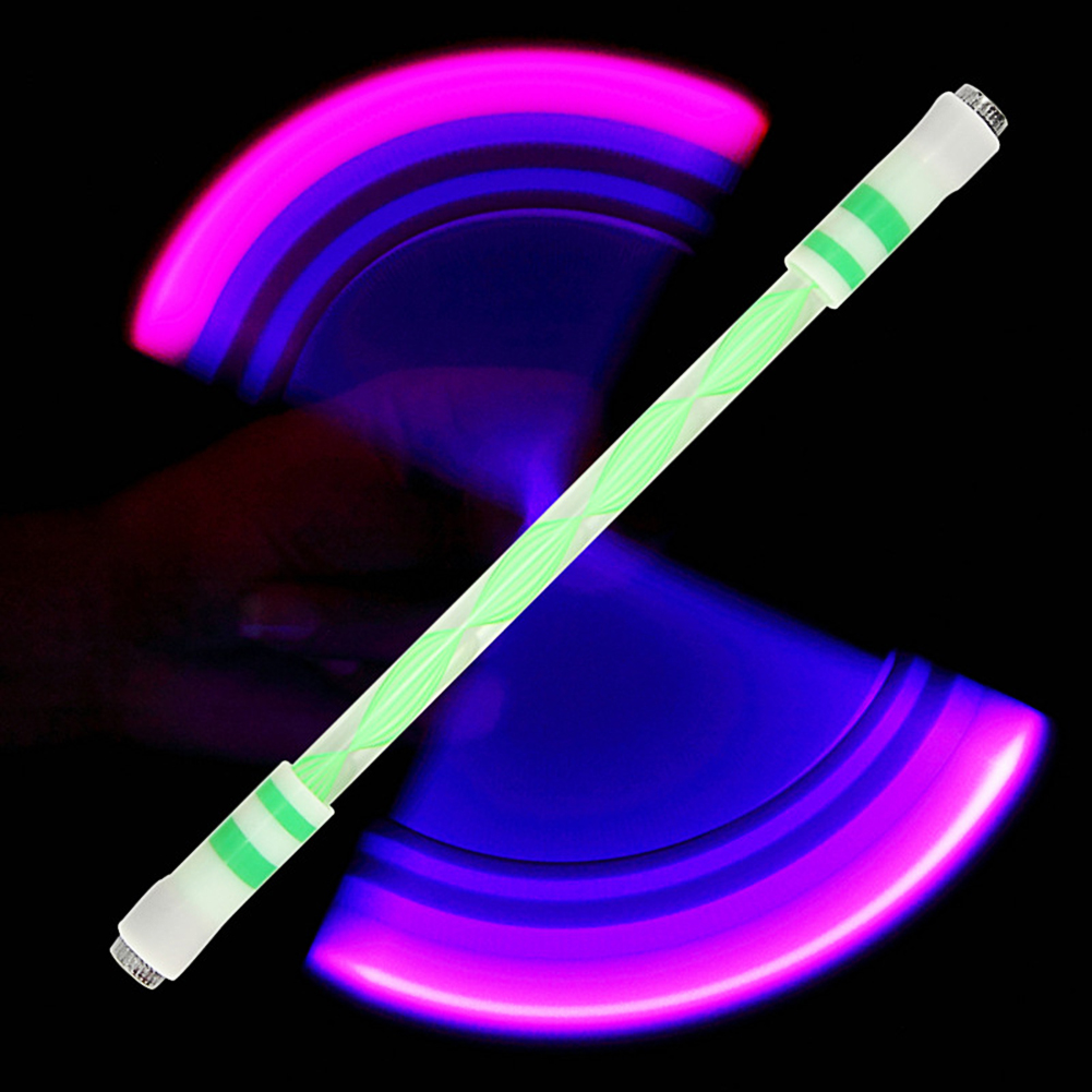 Children Colorful Special Illuminated Anti-fall Spinning Pen Rolling Pen  A15 green (lighting section)