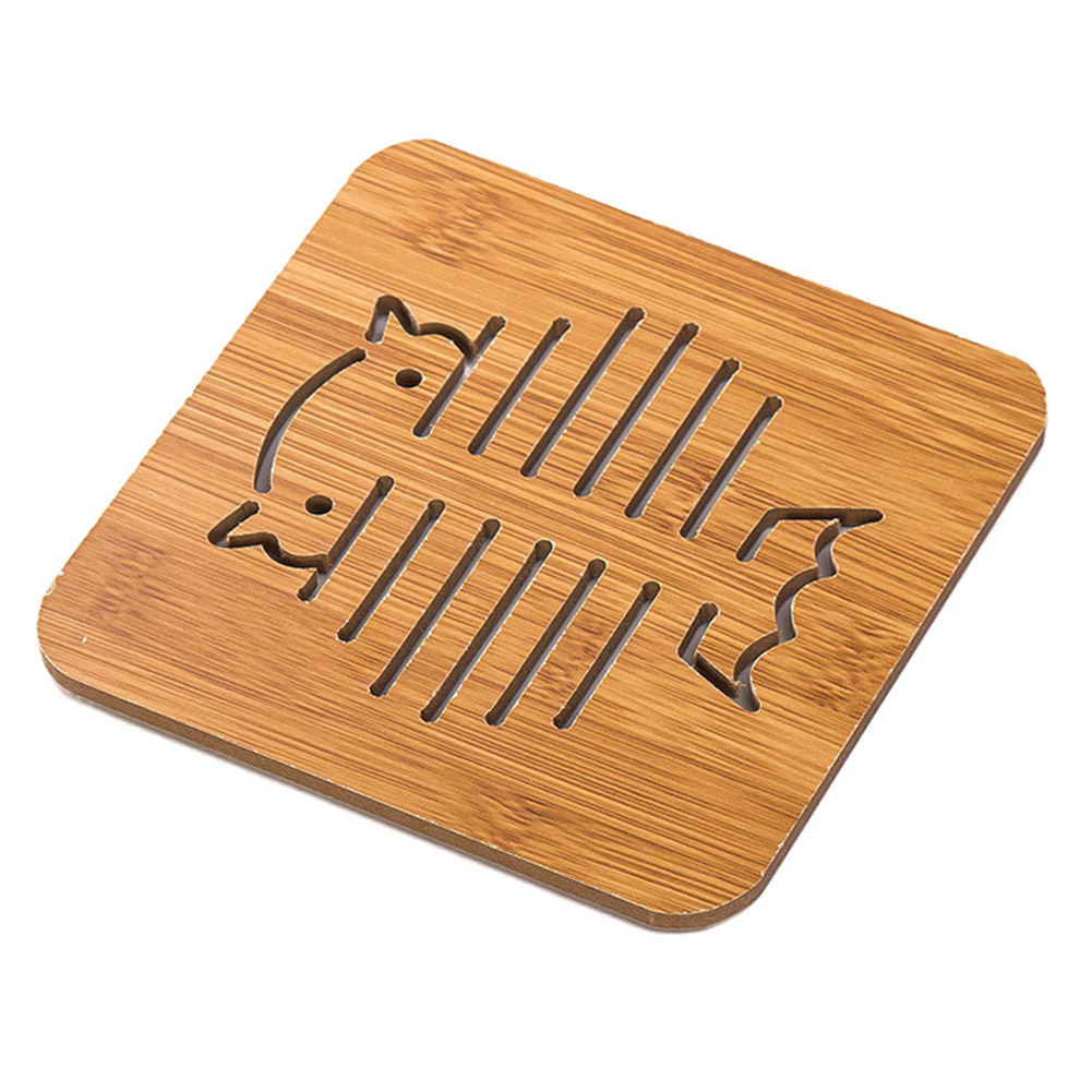 Hollow Out Wooden Coasters Kitchen Tableware Thickened Anti-hot Insulation Non-slip Pad