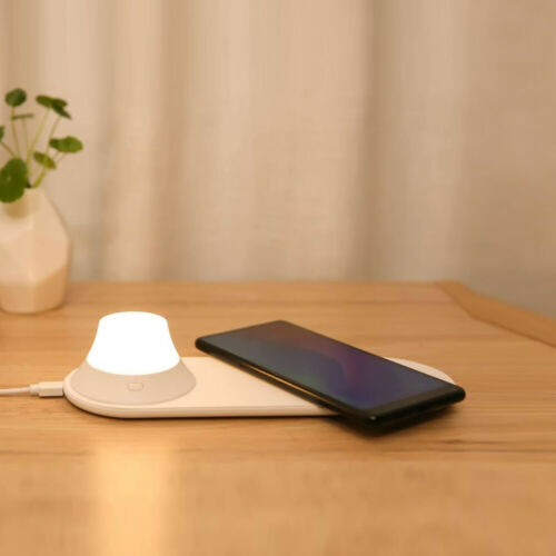 Original XIAOMI Yeelight Wireless Magnetic Fast Charger Qi with LED Night Light Lamp white