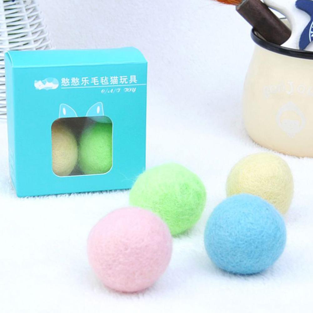 4Pcs/Set Colorful Felt Ball Toys for Cats Kittens Bell Teaser 4 capsules / box