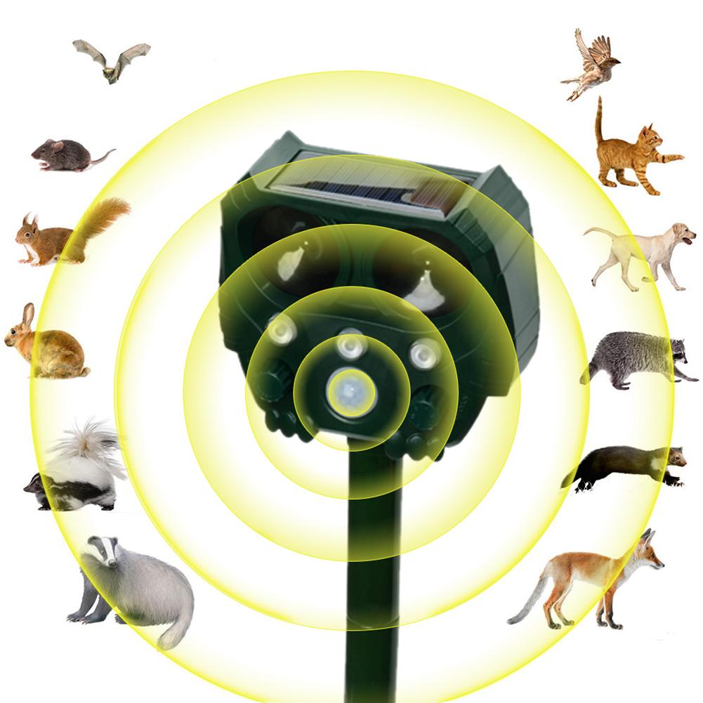 Solar Waterproof Outdoor Ultrasonic Dispeller for Mice Pest Bird Hare Fox Cat Dog