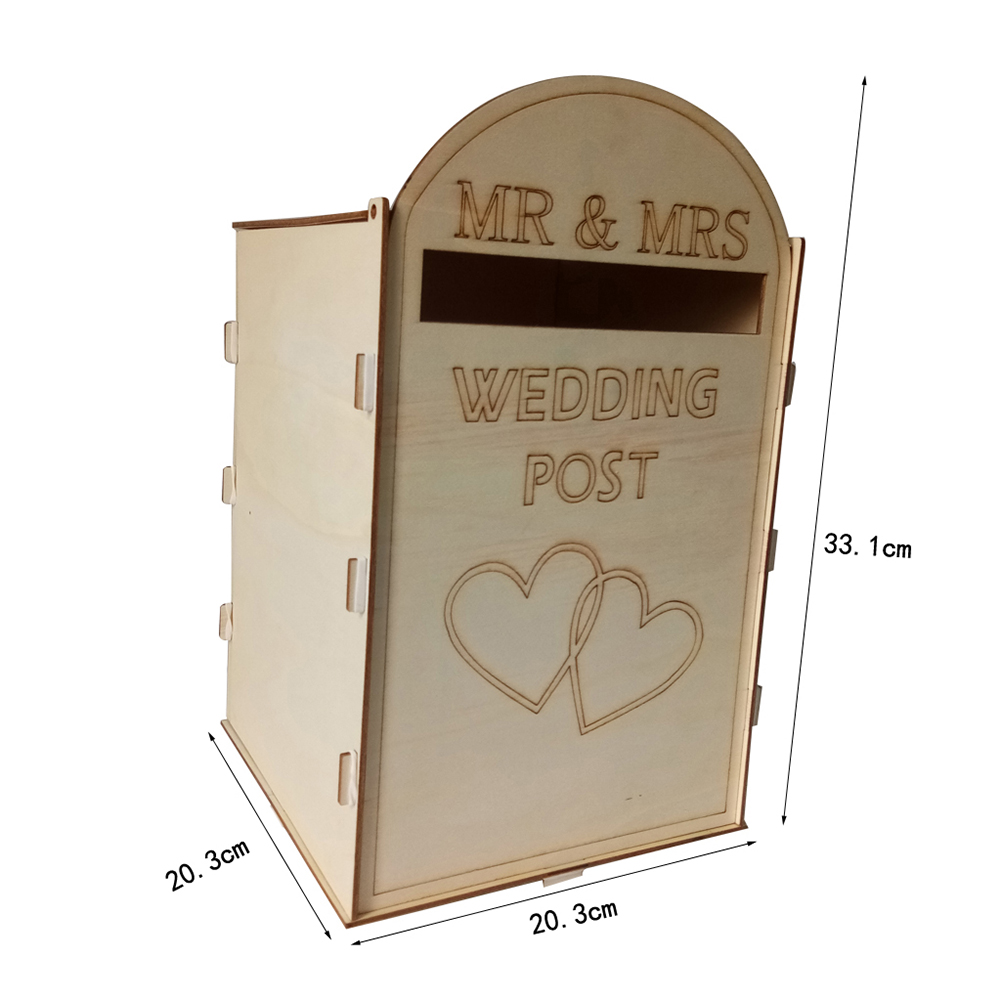 Wedding Wooden Decoration Wodden MR&MRS Heart Royal Post Style Wedding Necessities with a Key