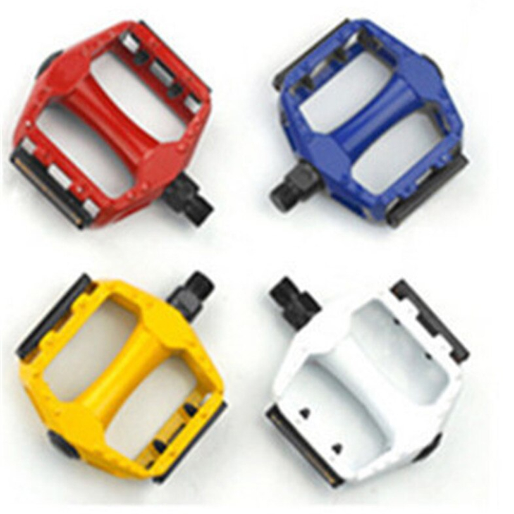 Aluminium Alloy Bike Pedal with Reflective Strips Ultralight MTB Bicycle Accessories yellow
