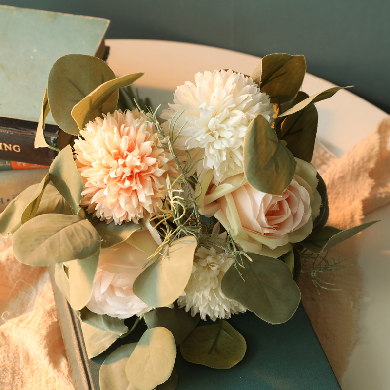 1bunch Fabric  Roses Artificial Flower Ornaments Green Plants Decorative Ornament Champagne