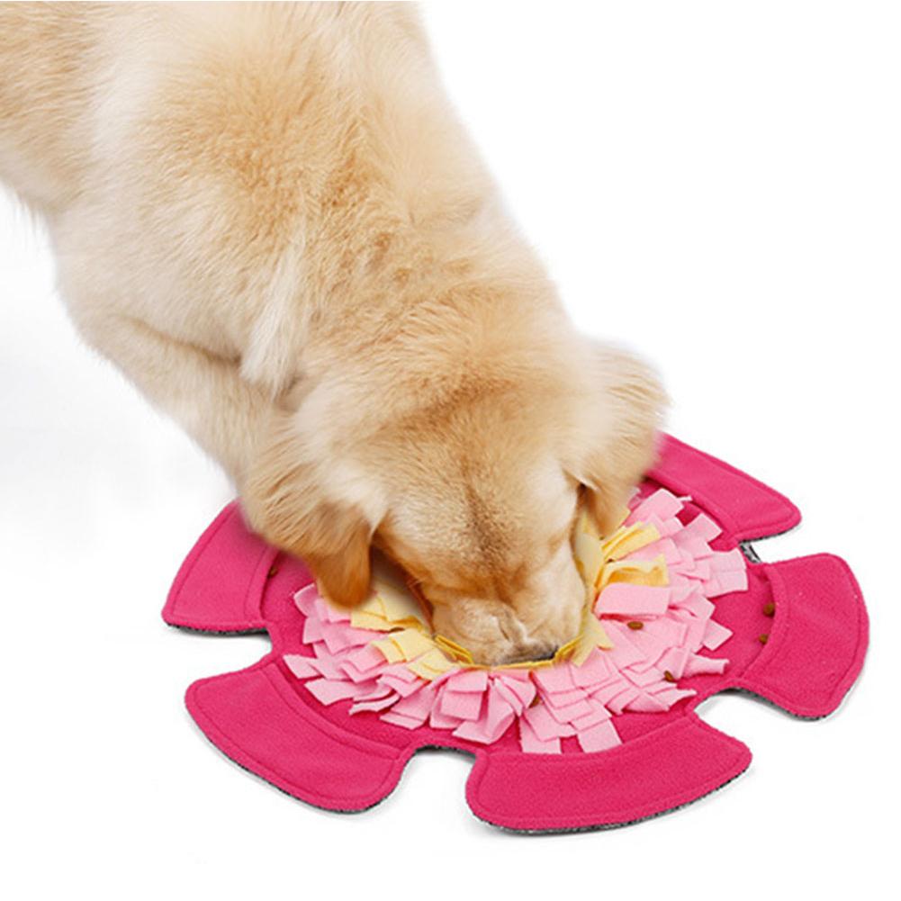 Pet Feeding Mat Flower Shape Sniffing Training Pad Fleece Blanket Dog Puzzle Toy rose Red_48*48CM
