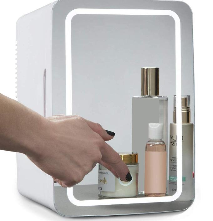 8l  Mini  Refrigerator Household Beauty Refrigerator With Mirror Led Light  European plug