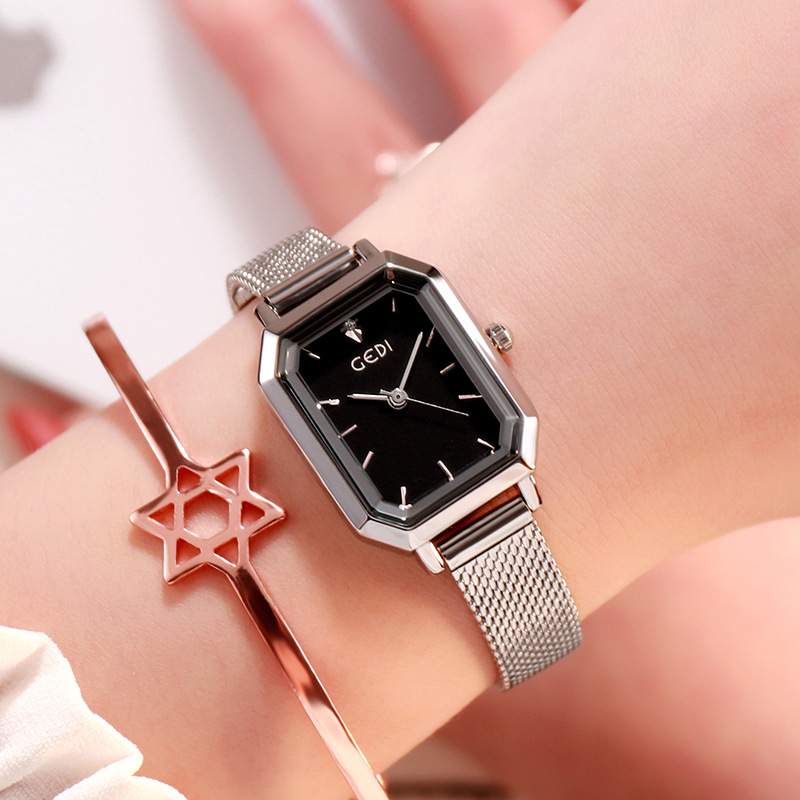 Women's Bling Starry Dial Analog Waterproof Quartz Wrist Watches for Student Casual Office  Silver shell black plate