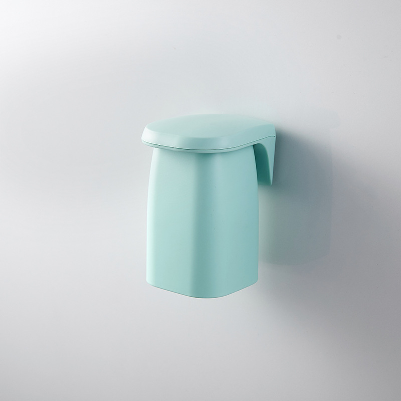 Wall-mounted Magnetic  Mouthwash  Cup Household Bathroom Accessories Green
