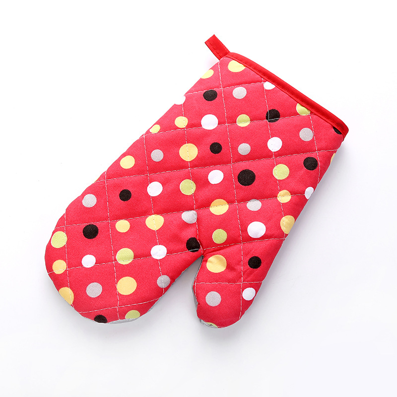 Microwave Oven Glove Insulated Baking Gloves Heat Resistant Kitchen Tool Big dots- red