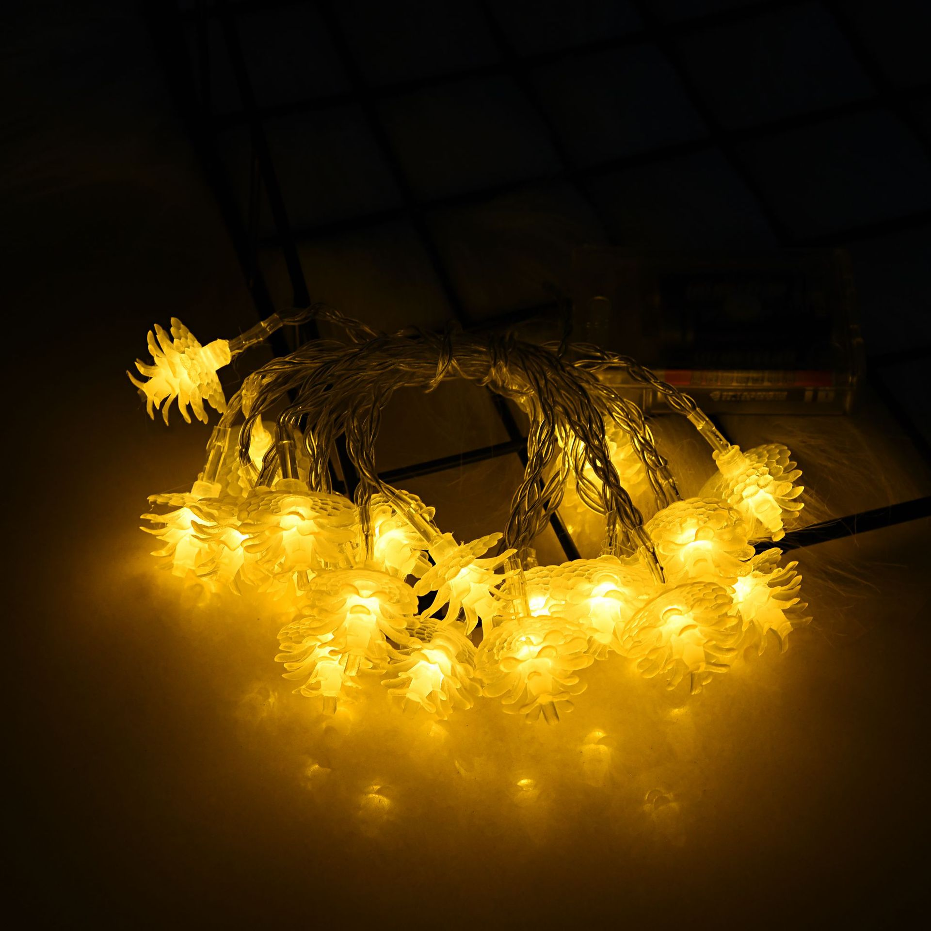 LED Pine String Light Battery Powered Christmas Lamp Holiday Party Wedding Decorative Fairy Lights With flashing warm white 3 meters 20 lights battery