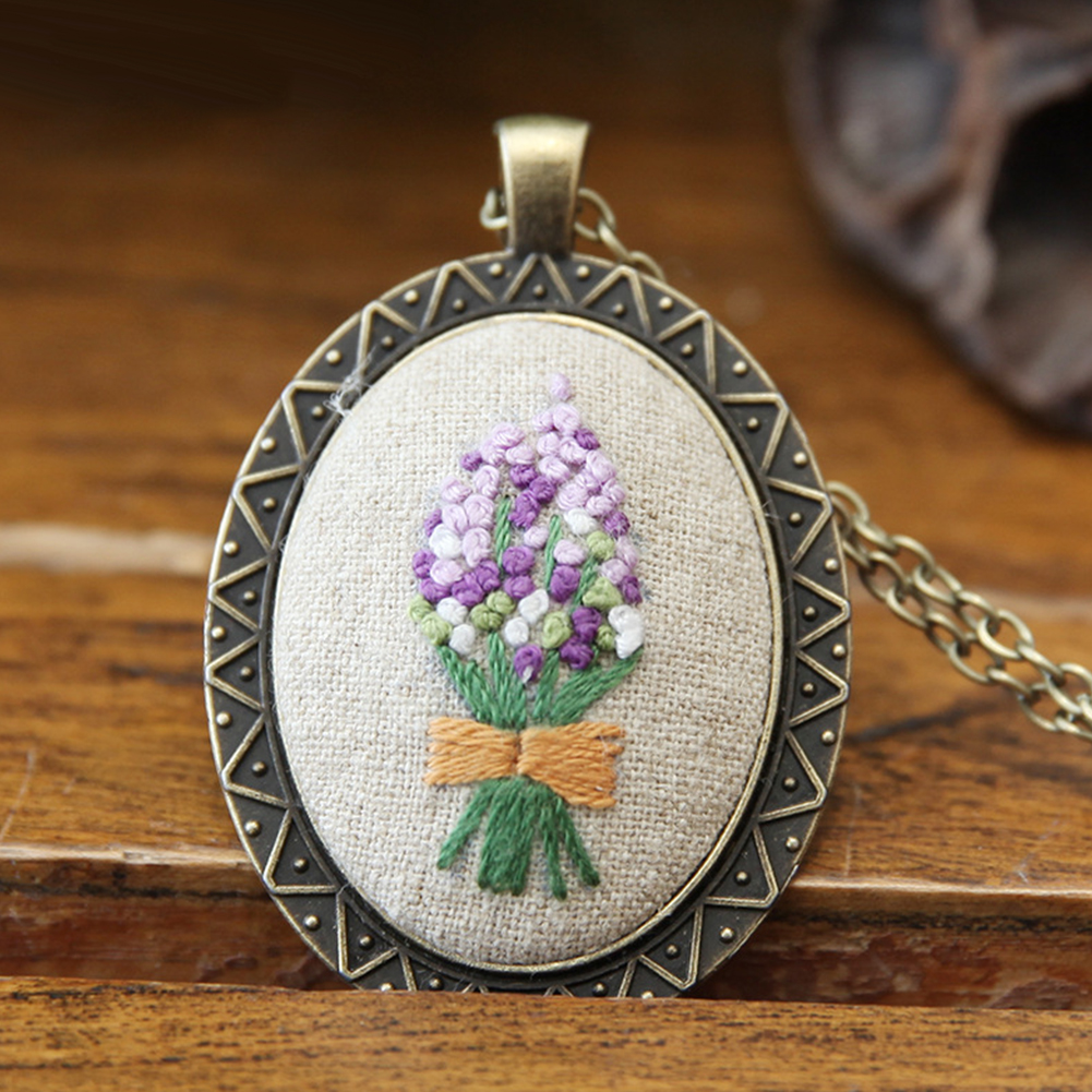 Embroidery  Pendant  Kit Embroidered  Pendant Necklace With Needle Thread For Diy Art Crafts 6#_30*40mm