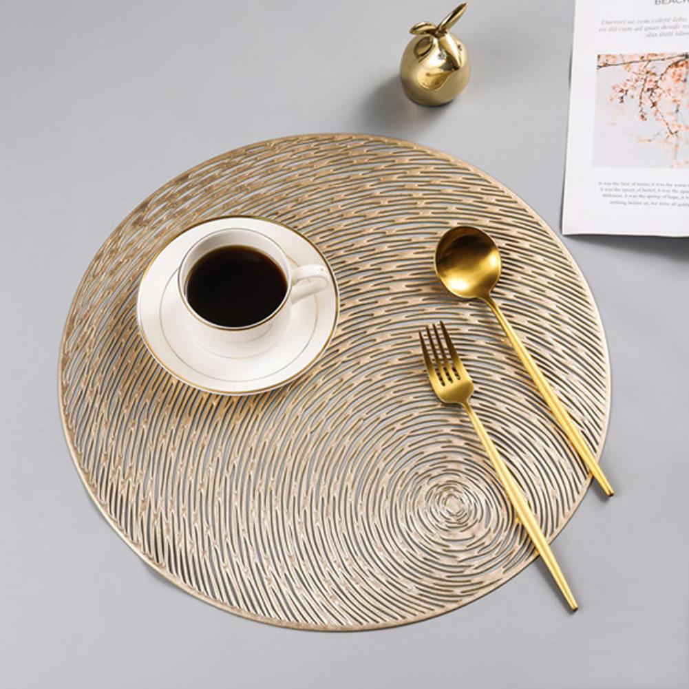 Nonslip Round Shape Hollow Heat Insulation Placemat for Hotel Restaurant Gold