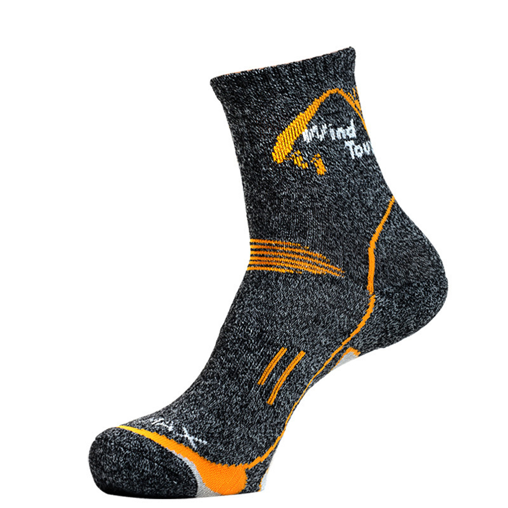 Men Women Outdoor Sports Sock Quick Drying Breathable Middle Tube Socks for Runing Climbing Sports Dark gray