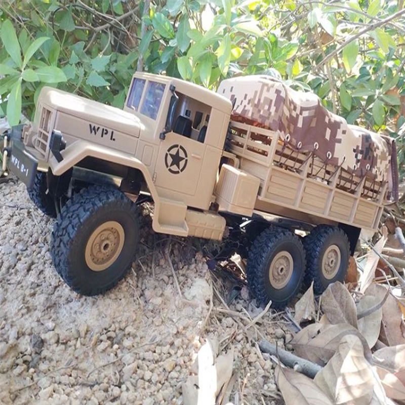 2.4G Remote Control Military Truck 6 Wheel Drive Off-Road RC Car Model Remote Control Climbing Car Gift Toy Desert yellow car with color box