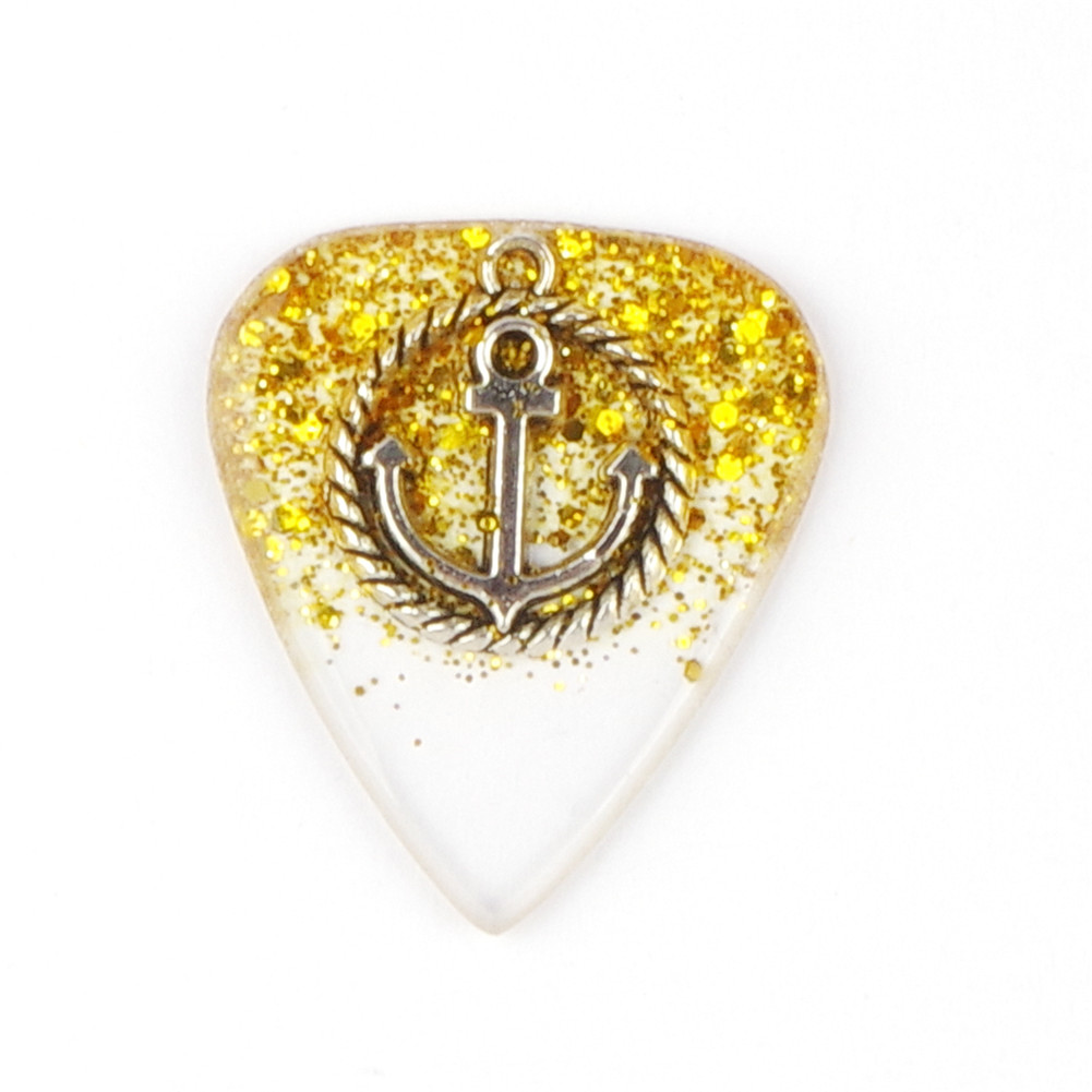 Handmade Guitar Pick Transparent Exquisite DIY Guitar Pick Necklace Thickness 1.5mm Resin Metal 3*2.5*0.15cm Golden anchor