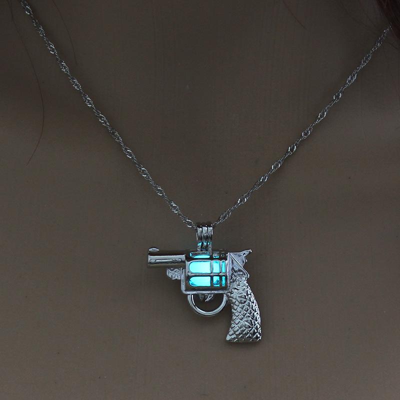 Luminous Alloy Open Cage Mermaid Skull Head Necklace DIY Pendant Halloween Glowing Jewelry Gift NY208-Pistol
