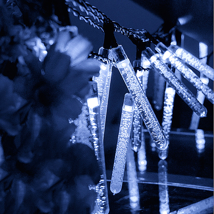 6M 30LEDs Waterproof Solar Powered Icicle Shape String Lights for Outdoor Tree Decor White light_(ME0004501)