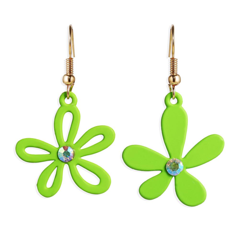 1 Pair Women Earrings Asymmetry Floral Daisy Fresh Alloy Eardrop Jewelry green