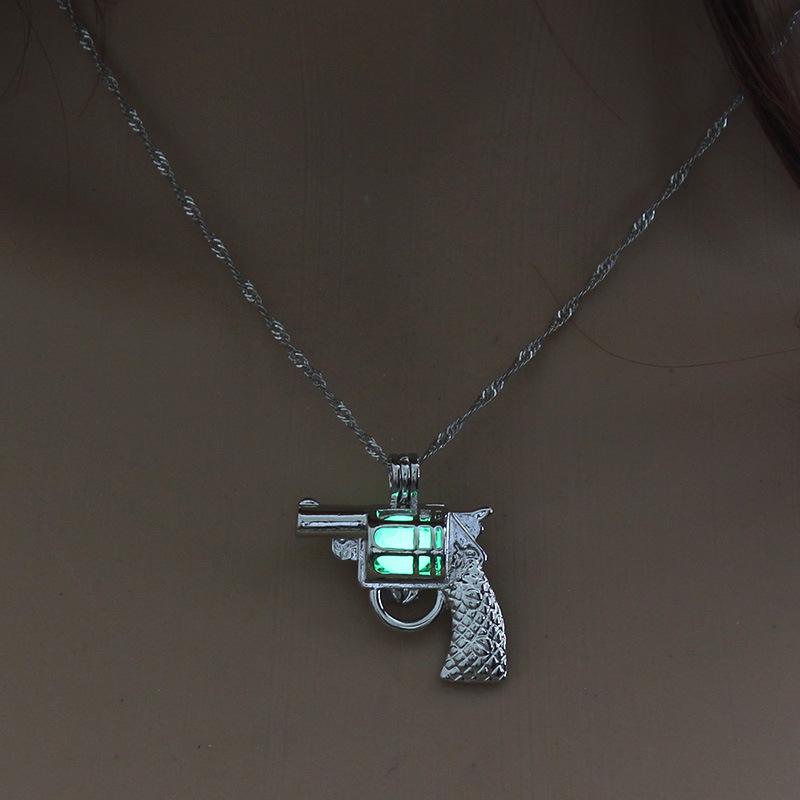 Luminous Alloy Open Cage Mermaid Skull Head Necklace DIY Pendant Halloween Glowing Jewelry Gift NY210-pistol