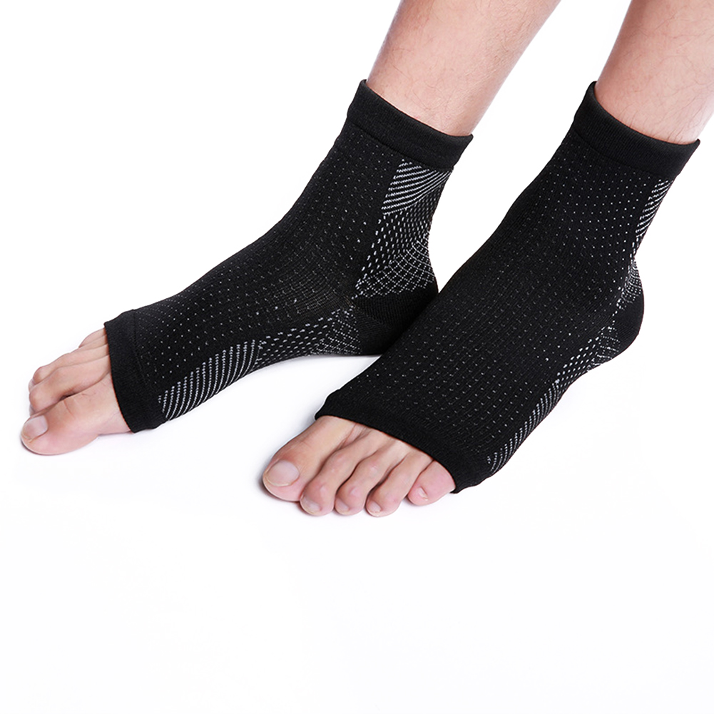 1Pair Medical Plantar Fasciitis Socks with Arch Joint Support Sports Compression Foot Sleeves for Women & Man black