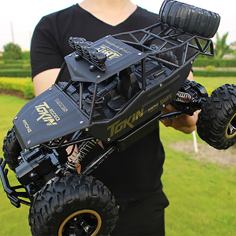 1:12 4WD RC Car Update Version 2.4G RadioHigh Speed Truck Off-road Toy black
