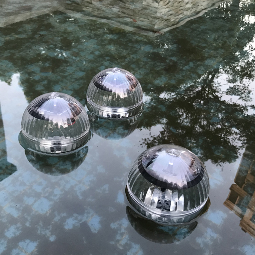 Waterproof Ball Shaped Solar-Powered Floating Lamp for Pool Lake Decoration Warm yellow light