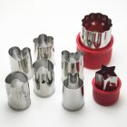 EU Direct  Stainless Steel Mini Shape Vegetable Fruit Cutter Mold 8PCS