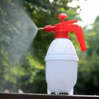 2L Air Pressure Adjustable Garden Spray Bottle Kettle Sprayer for Plant Flowers Watering 0.8L white