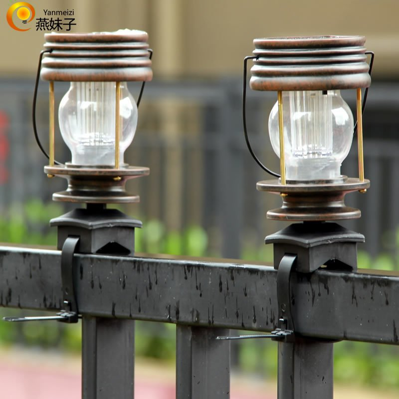 2Pcs LED Retro Solar Hanging Lantern