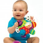 Baby Balls 0-1 Year Old Baby Toy Grab Ball Educational Toy Hand catching the ball