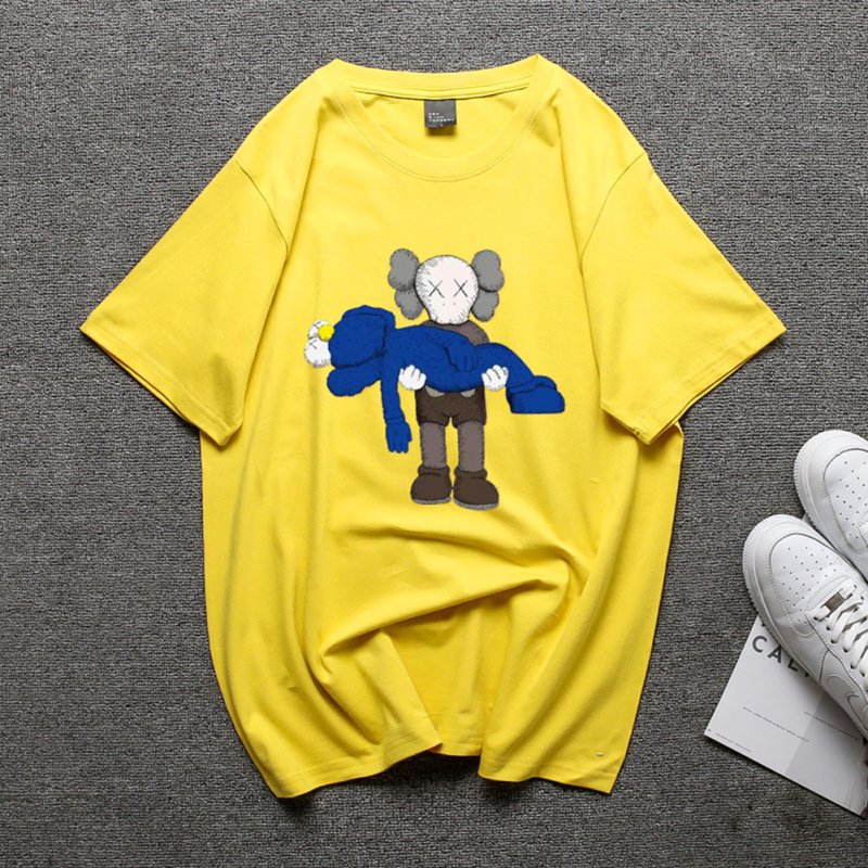 Boy Girl KAWS T-shirt Cartoon Holding Doll Crew Neck Couple Student Loose Pullover Tops Yellow_L