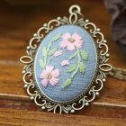 Embroidery  Pendant  Kit Embroidered  Pendant Necklace With Needle Thread For Diy Art Crafts 5#_30*40mm
