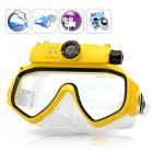 Keep your hands free as you dive with the Ocean Snapper video scuba mask