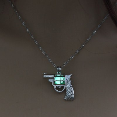 Luminous Alloy Open Cage Mermaid Skull Head Necklace DIY Pendant Halloween Glowing Jewelry Gift NY210-pistol