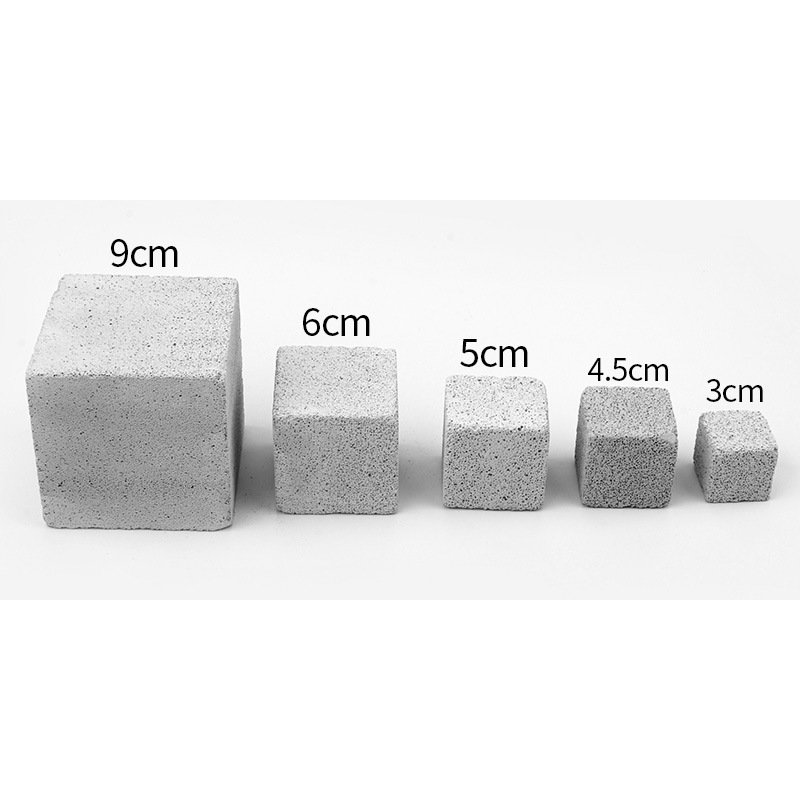 Square Volcanic Molar Stone Hamster Pet Molar Stone Rabbit Guinea Pig Usable Pet Supplies Ultra small 3cm